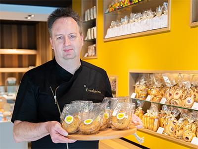 Bart Vanhooren met cookies